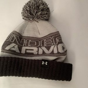 Grey and Black Under Armour kids winter hat. NWOT